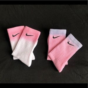 💗💜 NIKE PINK/ WHITE/ LILAC OMBRÉ/ DIP DYED CREW SOCKS 💜💗